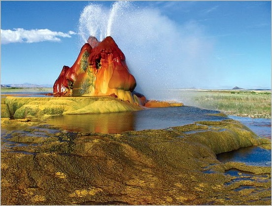 Fly Geyser in Black Rock Desert 11
