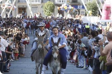 carrera burros dia santiago blusas vitoria 25/07/09 foto iosu onandia
