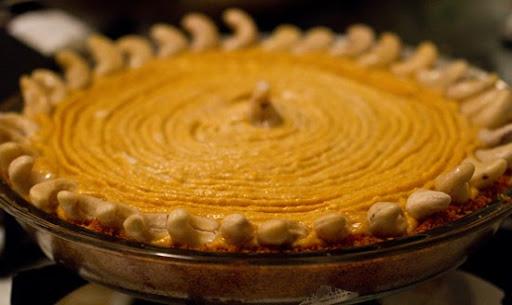 Vegan Pumpkin Pie from scratch. Gingersnap Crust. - Healthy. Happy. Life.