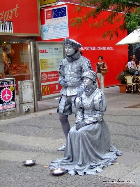 living-statues-around-the-world17.jpg