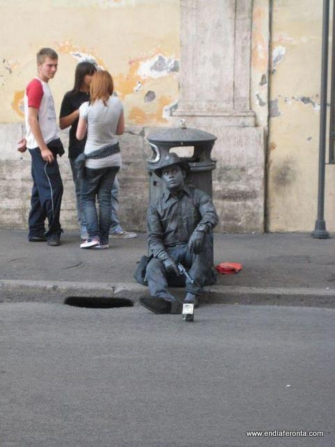 living-statues-around-the-world32.jpg