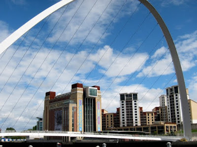 Gateshead Millineum Bridge in Newcastle England