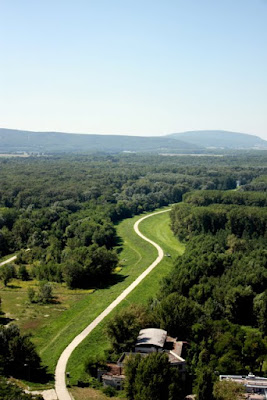 Walking trail from Bratislava to Vienna