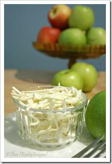 Coleslaw z jabłka i selera