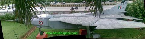 Warbird: Mig-23 in Pune [Mumbai-Pune highway NH4]