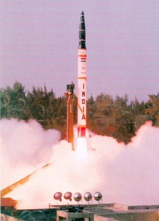 Nulear-capable Agni Ballistic Missile Wallpaper [Agni 1]