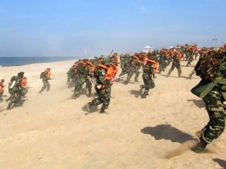 Indian Army Wallpaper [Amphibious Exercise]