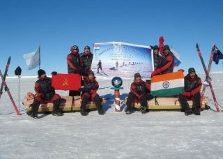 Indian Army Wallpaper [South Pole expedition]