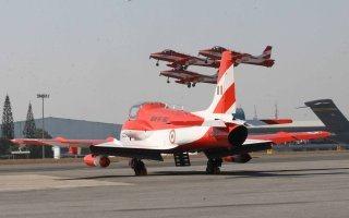 20110305-Indian-Air-Force-Surya-Kiran-Aerobatics-Wallpaper-06-TN