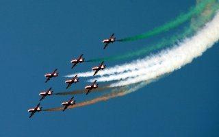 20110305-Indian-Air-Force-Surya-Kiran-Aerobatics-Wallpaper-12-TN
