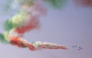 20110305-Indian-Air-Force-Surya-Kiran-Aerobatics-Wallpaper-13-TN