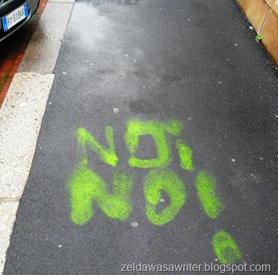 <Noi no!> o <No! No!>?