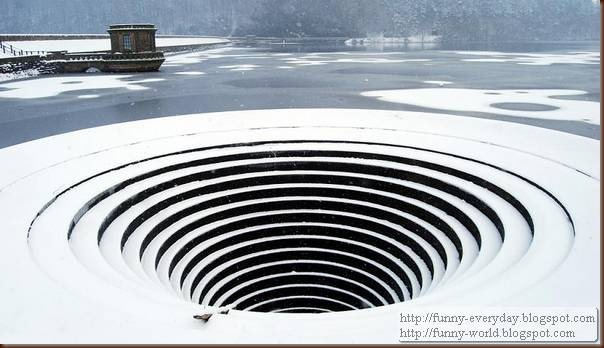 large-hole-in-the-water