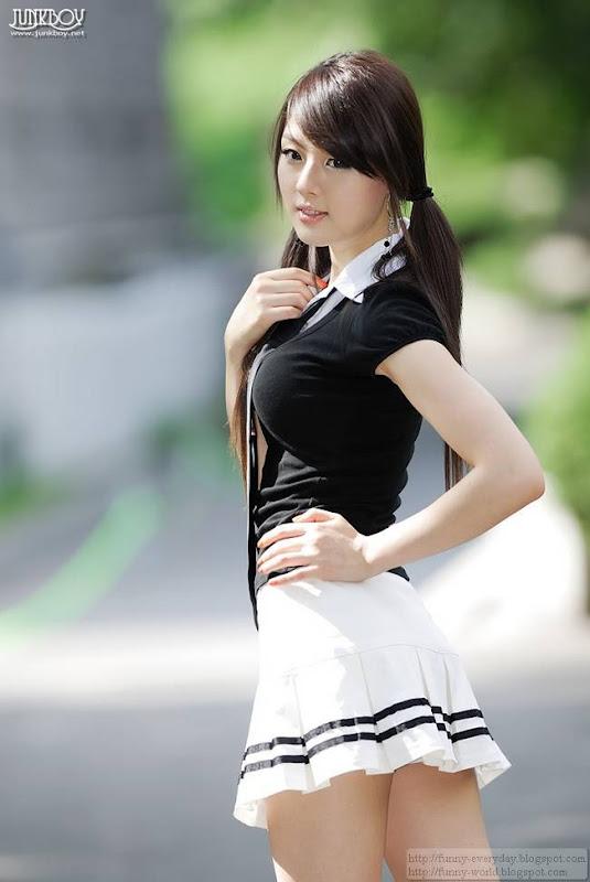 Hwang Mi-Hee (32)