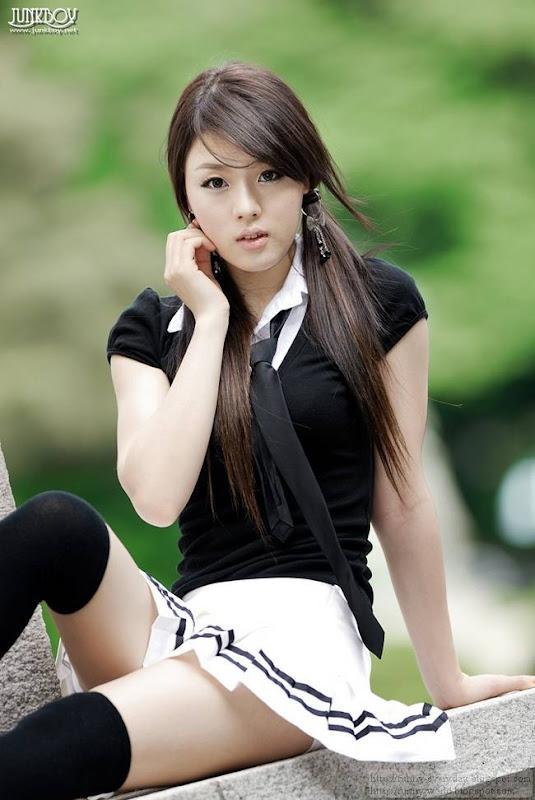 Hwang Mi-Hee (36)