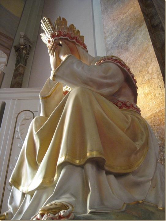 Our_Lady_of_La_Salette_(crying)