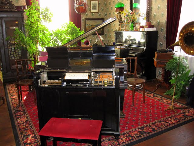 museum automatic piano