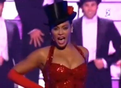 Beyonce Knowles performs with Hugh Jackman at OSCARS 2009 picture