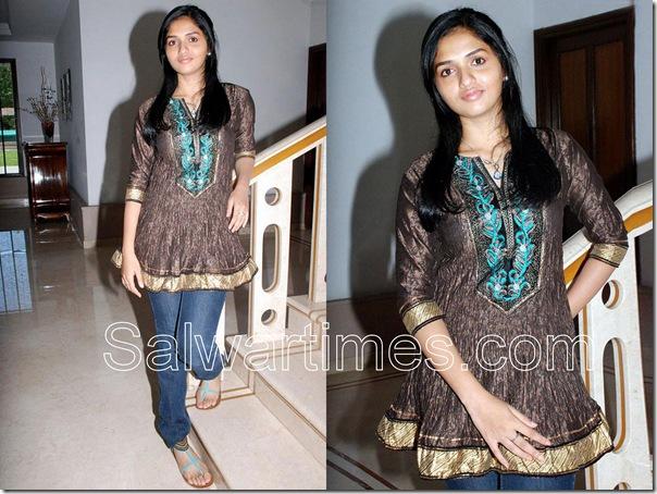 Sunaina_Brown_Designer_Salwar_Kameez