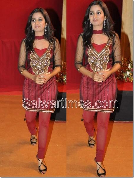 Shreya_Goshal_Designer_Salwar_Kameez