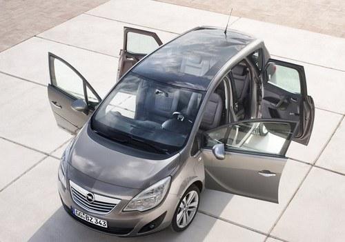 minivan Meriva 2011