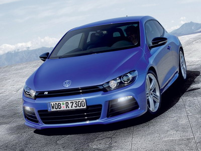 Volkswagen has started sales Golf R and Scirocco R
