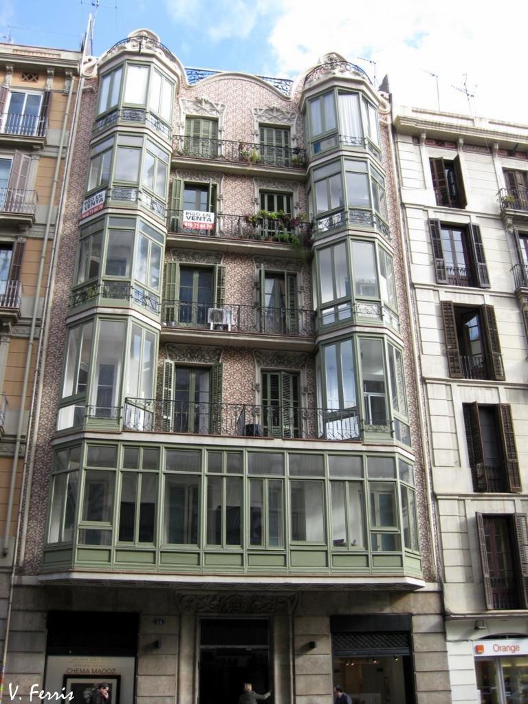 Casa antoni miquel barcelona modernista - Casas modernistas barcelona ...