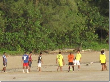 Kaw KWang Lanta Football