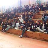 Todos os alunos oram recebendo Jesus.JPG