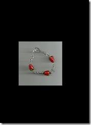 7 in strawberry bracelet0001