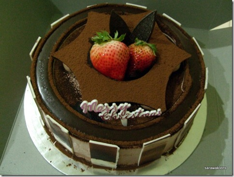 chocolate_cream_cake