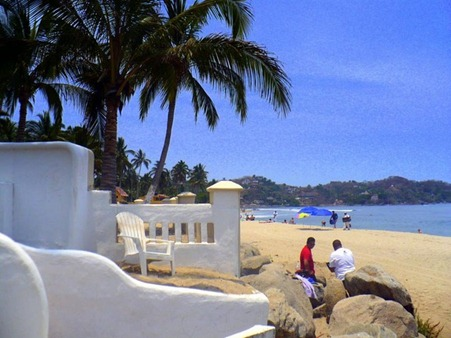 d_beach_large