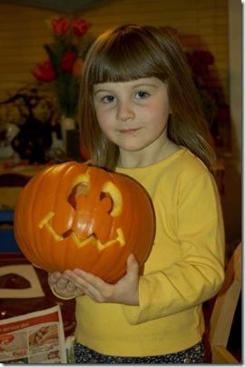 2009_1028_HalloweenPumpkins-6