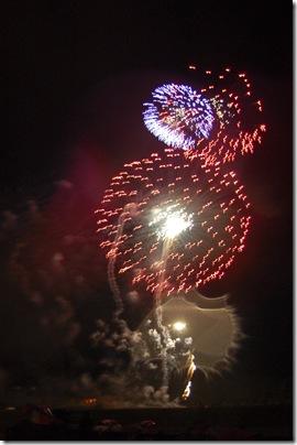 2010_0704_AFA-fireworks-89