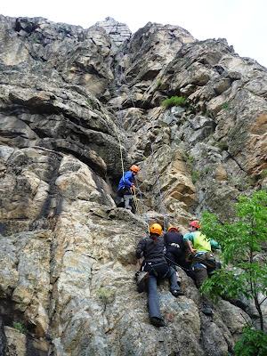 alpinism in Macin. Peretele Diagonal. traseul Hornul Prieteniei
