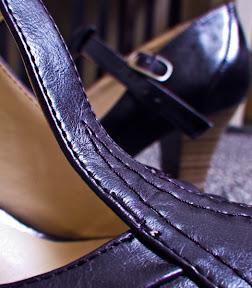 pantofii mov