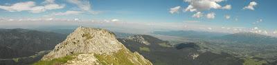 Piatra Craiului - vedere spre Ciucas