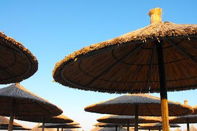 Grecia - Nei Pori - Umbrelele de plaja