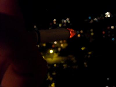 tigara.oras.noapte.