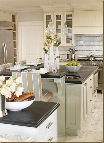 west-coast-classic-kitchen-image1