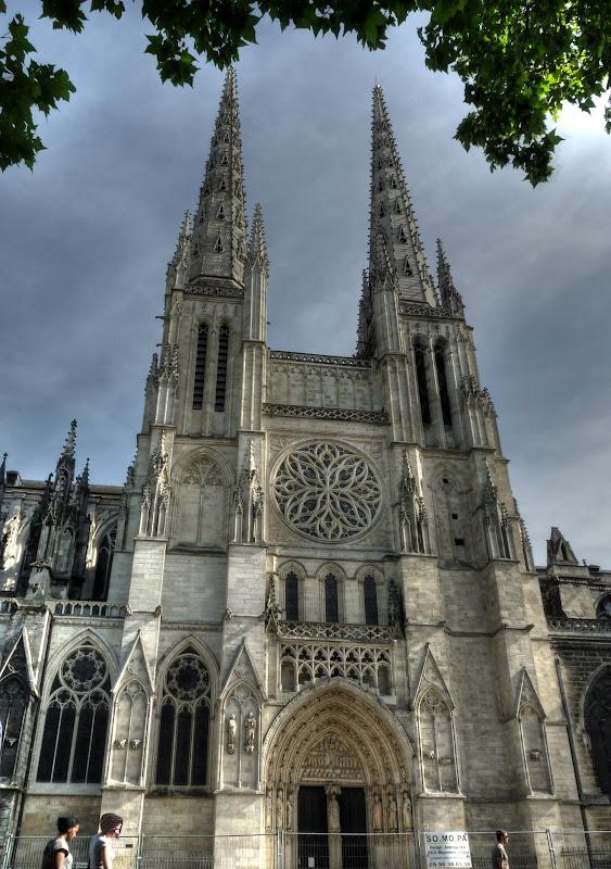 Grand Théatre et Bordeaux Cathedrale_P