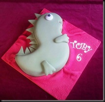 birthday-cake-dinosaur