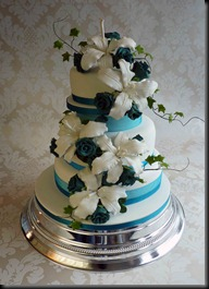 3-tier-Lillie-and-roses-Turquis