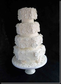 4-tier-White-Flowers-Hexagon-Wedding-Cake