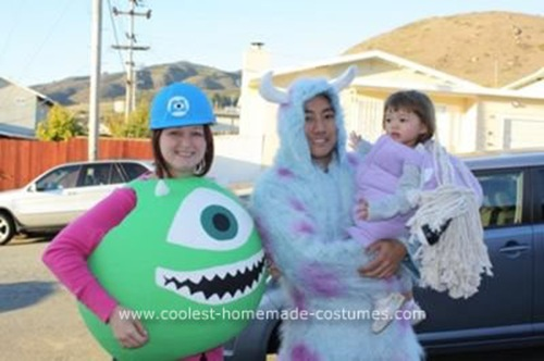 coolest-homemade-monsters-inc-family-costume-15-21157387