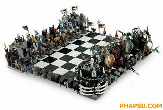A_Collection_of_Great_Chess_Boards_1_74.jpg