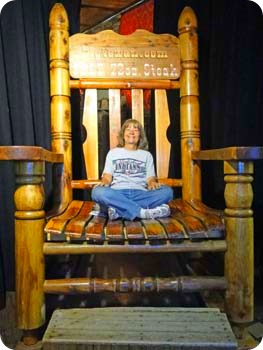 8-big-chair
