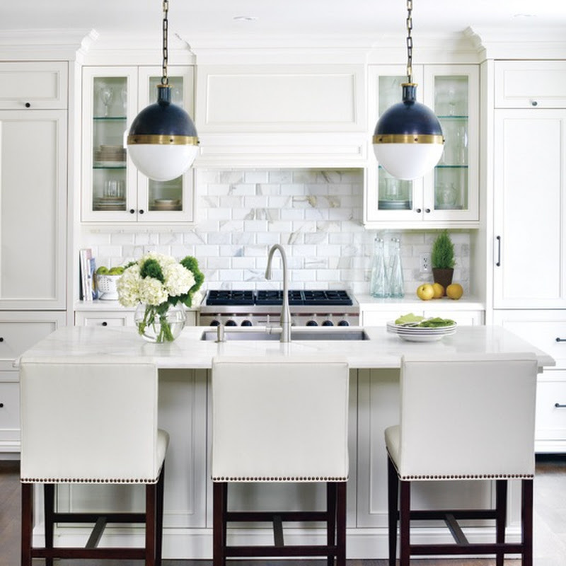 Love it or Leave it: White Kitchens