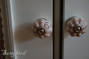 Cupboard makeover knobs