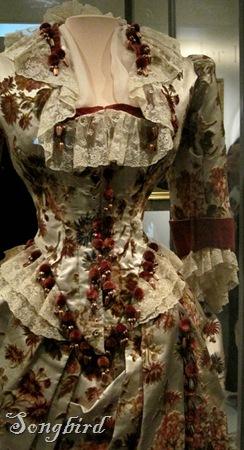 Pompom trim dress Hermitage